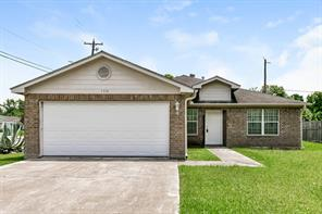 5318 grace point lane, houston, TX 77048