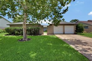 Houston Home at 632 E Castle Harbour Drive Friendswood , TX , 77546-5616 For Sale