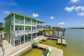 223 Private Road 670, Matagorda, TX, 77457