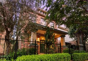Houston Home at 5303 Nett Street B Houston , TX , 77007-3270 For Sale