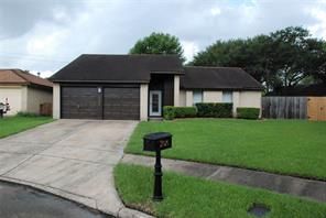 Houston Home at 17026 Coachmaker Drive Friendswood , TX , 77546-2650 For Sale
