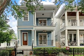 Houston Home at 708 E 12th Street A Houston , TX , 77008-7124 For Sale
