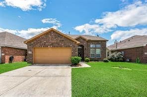 4526 crown lane, baytown, TX 77521