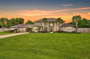 1402 Somerset Lane, Friendswood, TX 77546