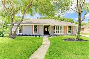 Houston Home at 5130 Whittier Oaks Drive Friendswood , TX , 77546-3226 For Sale