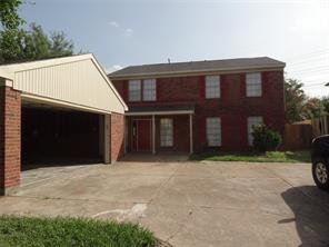 8618 connaught garden drive, houston, TX 77083