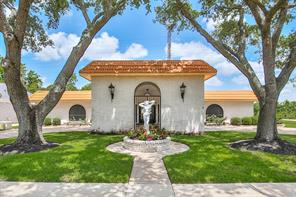 3002 Country Club Drive, Pearland, TX 77581