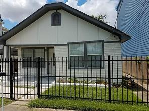 Houston Home at 1023 W 7th 1/2 Street Houston , TX , 77007-1401 For Sale