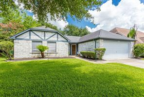 111 Wickhamford, Houston TX 77015