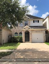 827 forest bark lane, houston, TX 77067