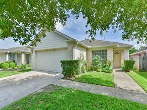 8806 Martin Heights, Houston TX 77031