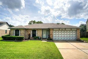 15823 Pinwood, Houston TX 77489