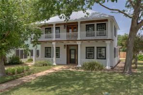 695 comal avenue, new braunfels, TX 78130