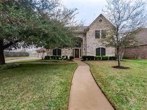 56 Southernwood Court, Lake Jackson, TX 77566