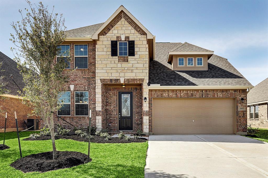 Luxury Homes in Rosenberg TX 77471 | Upscale Houses in Rosenberg 77471