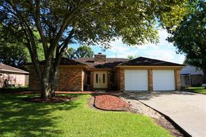 144 bastrop street, angleton, TX 77515