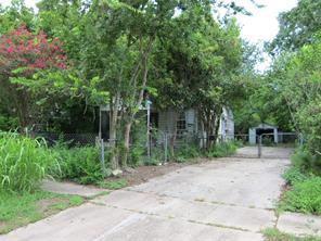 9805 brookshire street, houston, TX 77041