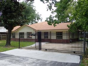 810 tassell street, houston, TX 77076