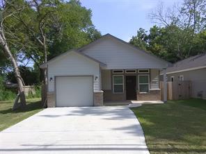 12013 21st Street, Santa Fe, TX 77510