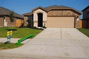 4014 spurwing lane, baytown, TX 77521