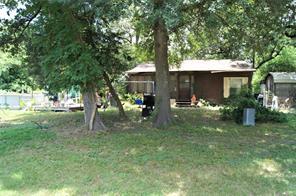 5516 Leaning Oaks, Madisonville TX 77864