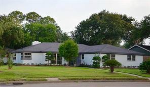 7815 s braeswood boulevard, houston, TX 77071