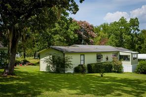 39 Oak Hill, Huntsville TX 77320