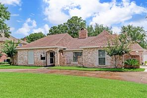 1619 Fall Valley, Houston TX 77077