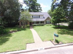 1231 woodchurch lane, houston, TX 77073