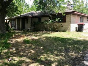 4815 winfield road, houston, TX 77039