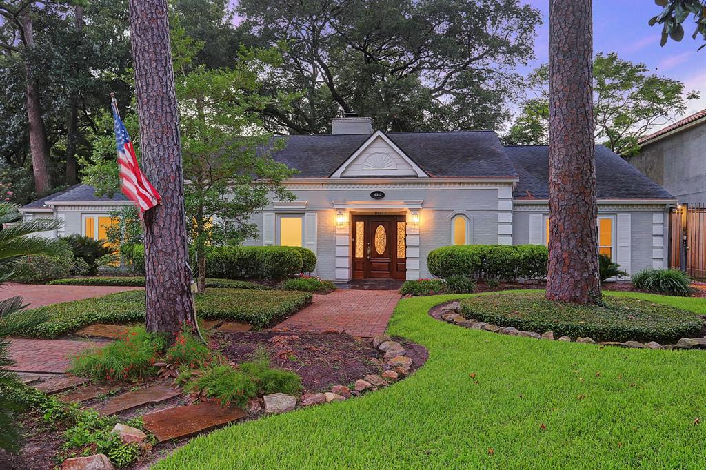 Beautifully appointed one story traditional residence on a 15,000 sq. ft. lot in Memorial with a majestic 275+ year old Live Oak tree framing the backyard.This exceptional home features 4,000+ sq. ft. with 4/5 bedrooms. Updates throughout dating back to December 2017. New engineered hardwood floors throughout, new fixtures, new recessed lighting, new heater for pool/spa, ceiling fans, recently painted inside and outside with neutral colors creating a relaxing tone and many more. Conveniently located in SBISD and ready for move in. And, per owner, NEVER FLOODED.