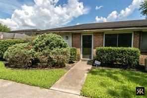 12030 Mighty Oak, Houston TX 77066