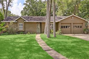 13707 Lynnwood Lane, Sugar Land, TX 77498