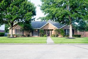 Houston Home at 501 Meadow Run Drive Friendswood , TX , 77546-2485 For Sale