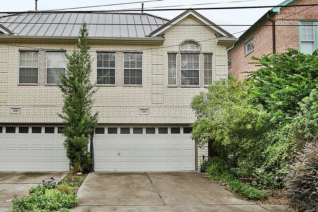 Rare 2 story with metal roof installed in 2014. kitchen appliances have been upgraded dishwasher new