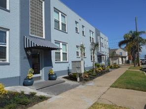 Houston Home at 1002 11 Th Street 1 Galveston , TX , 77550-6178 For Sale