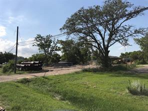 2302 w cedar bayou lynchburg road, baytown, TX 77521
