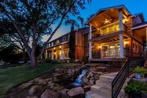 707 Shorewood Drive, Seabrook, TX 77586