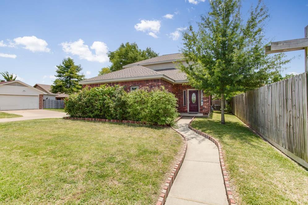 2916 Braeburn Street, Bryan, TX 77802