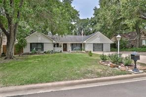 2103 timberlane street, conroe, TX 77301