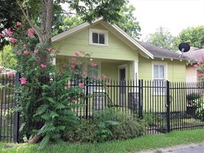402 Cottage, Houston, TX, 77009