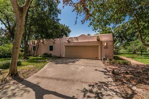 509 Baywood Drive, Seabrook, TX 77586