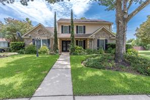 9211 woodleigh drive, houston, TX 77083