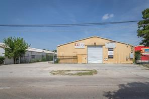 4109 airline drive, houston, TX 77022