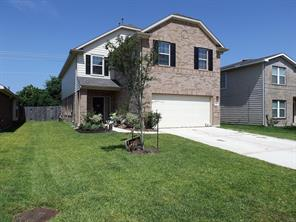 8411 broadleaf avenue, baytown, TX 77521