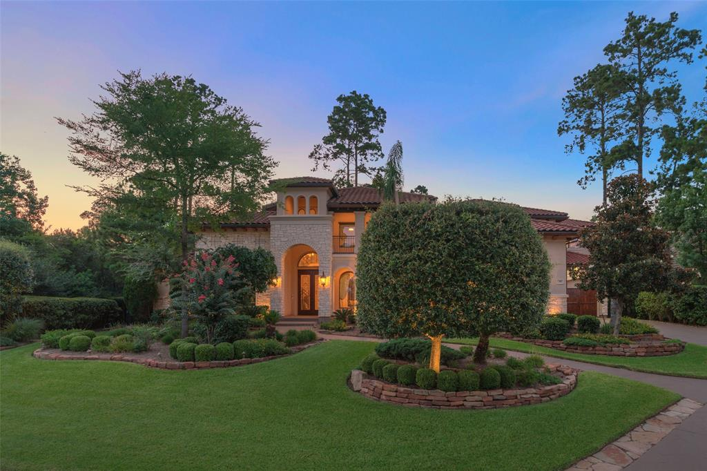 Located in the prestigious gated community of Carlton Woods in The Woodlands,Tx. Stucco Mediterranean home with tile roof, amazing view of the lake from the study and upstairs covered balcony. It features 6 Bedrooms 6.5 bathrooms ,formal dining and living room,study with wonderful views of the lake,impressive wine grotto in butlers pantry , breakfast and den in a open setting with kitchen,2 kitchen islands. Master bedroom is located in the first floor ,there is a secondary bedroom with its private bathroom located in the first floor. The bedrooms are equipment with custom made closets  with a lot of privacy. A private secondary office niche , 2 staircases , 4 car garage with epoxy floors, 2 balconies, mosquito system to enjoy the wonderful covered patio with an outdoor kitchen and space to entertain. The lot on this house is a little above half of an acre. Game room with wonderful views of the Nicklaus Golf course from balcony. Too many upgrades for this custom home.
