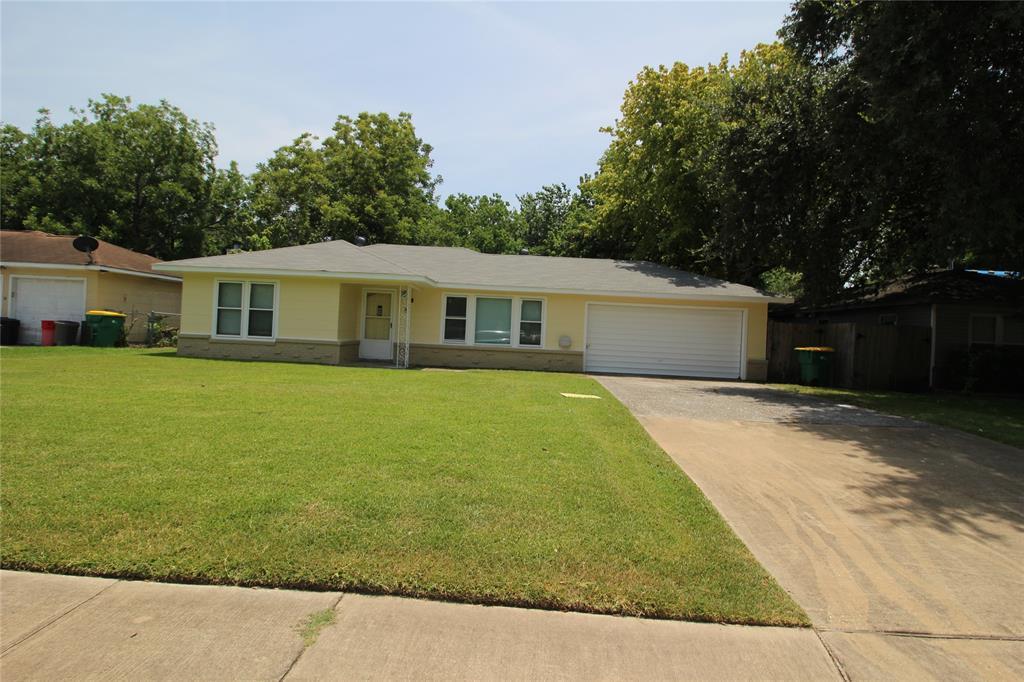 9 Park Street, Baytown, TX 77520