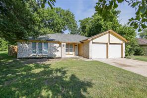 7051 Wood Bluff, Houston, TX, 77040