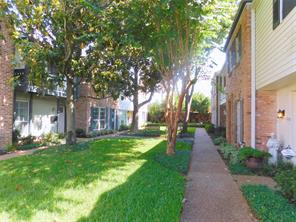 Houston Home at 2506 Tarrytown Mall 68 Houston , TX , 77057-4516 For Sale