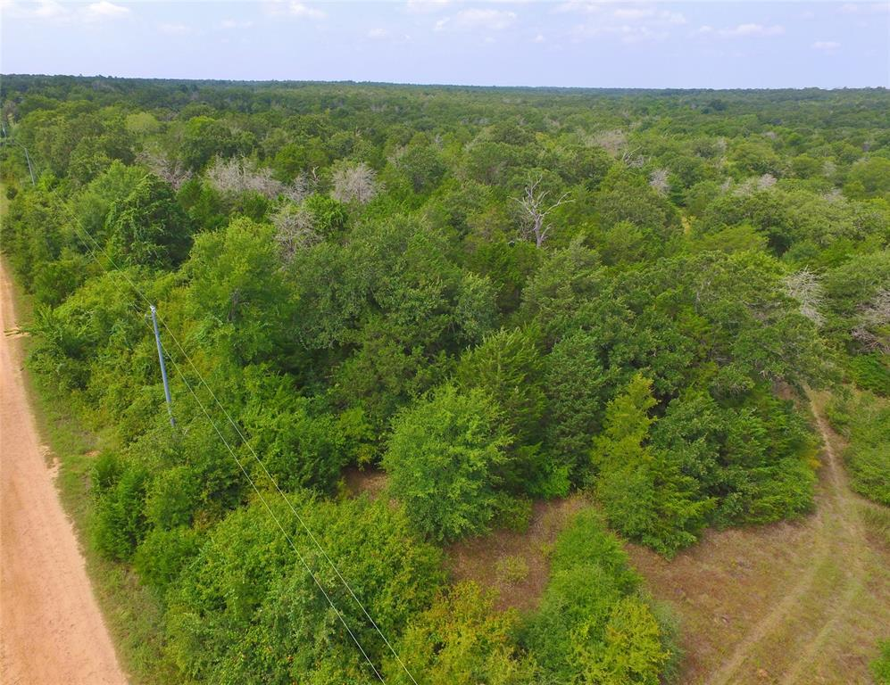 600 Country Way Road, Smithville, TX 78957